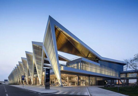 دانلود پاورپوینت معماری تحقیق و تحلیل ترمینال مسافربری