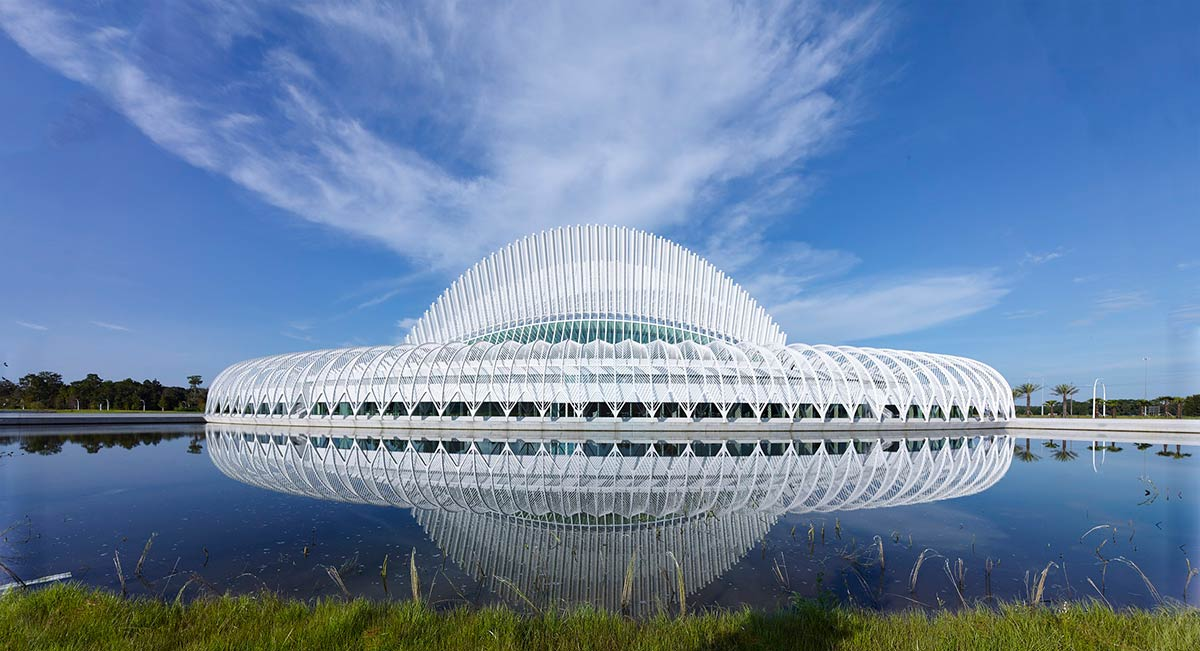 پاورپوینت سانتیاگو کالاتراوا Santiago Calatrava : معرفی معمار معاصر